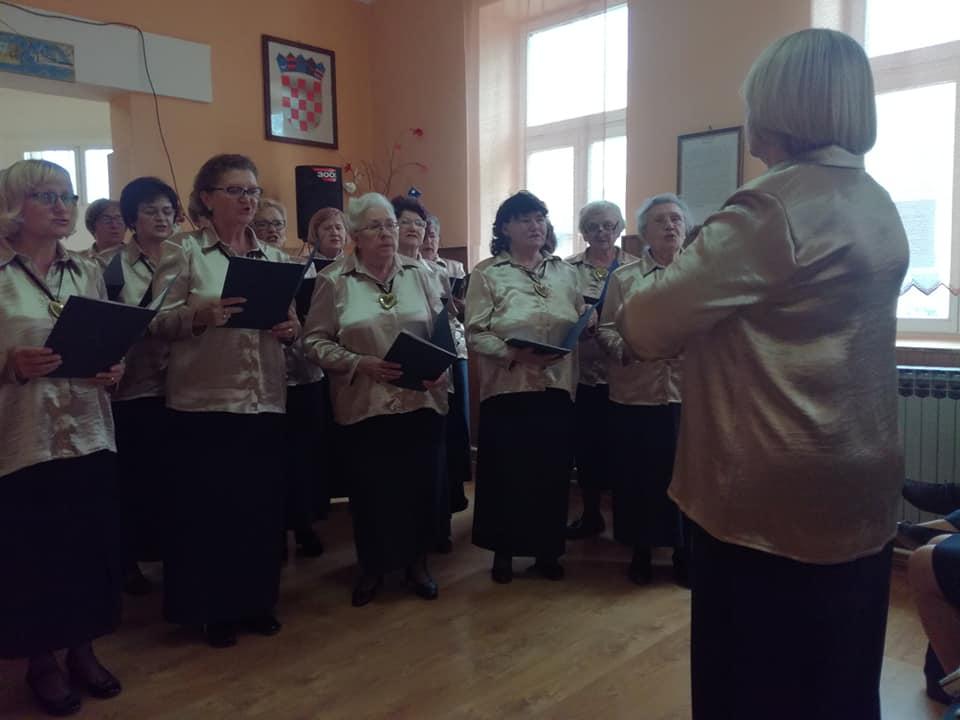 Održan slavljenički koncert zbora umirovljenika MU grada Osijeka