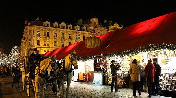 Advent-Europe-tour-christmas-market